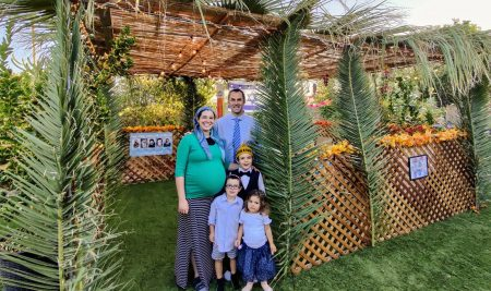 ZionismU inspires member to create Zionist sukkah decoration