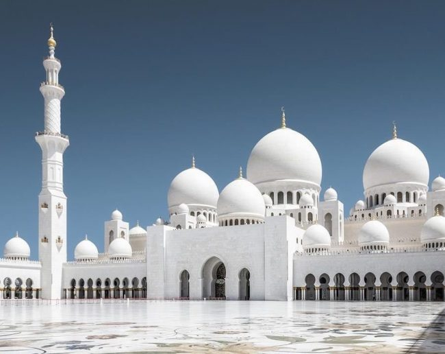 Sheikh_Zayed_Mosque_view